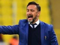 Heißblütig mit Hang zum Beleidigtsein: Vitor Pereira passt gut zu Sechzig, Blau steht ihm auch.