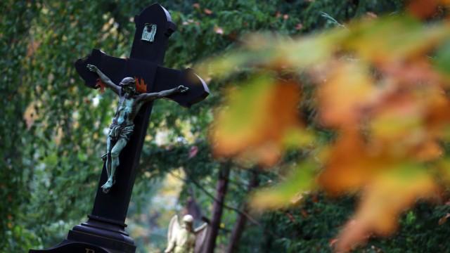 Kurioser Streit um Grab vor Verwaltungsgericht