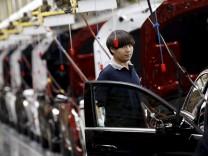 Ein Mercedes-Benz-Werk in Beijing, China