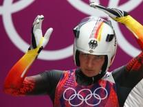 Konzentration auf ihre vierten Olympischen Spiele: Tatjana Hüfner, Bronzegewinnerin 2006, Olympiasiegerin 2010 und Silbergewinnerin 2014, peilt nun die Spiele in Pyeongchang 2018 an.