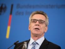 Thomas de Maiziere zum Freiburger Mordfall und Griechenland
