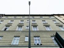 Auerfeldstraße 20, Raubmord an einem 80-jährigen Rentner im Jahr 1986 geklärt; Tatverdächtiger in Haft