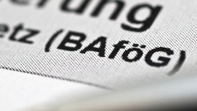 Ein vorläufiges Schreiben reicht - Kniffe für den Bafög-Antrag
