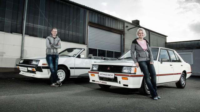 Tilo und Anja Macht vor ihrem Mitsubishi-Autohaus in Eckental bei Nürnberg
