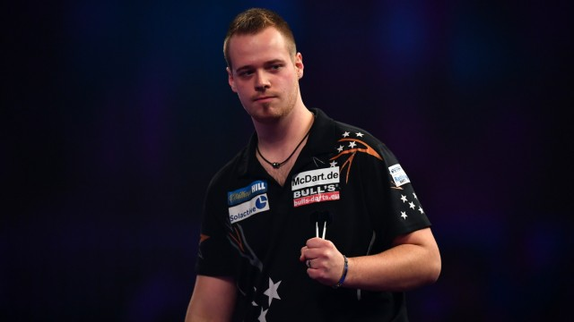 2017 William Hill PDC World Darts Championships - Day Eight