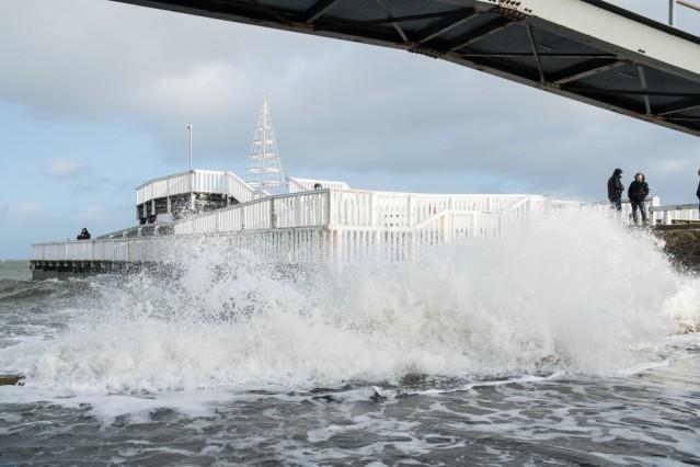Sturm und Hochwasser an Nordseeküste
