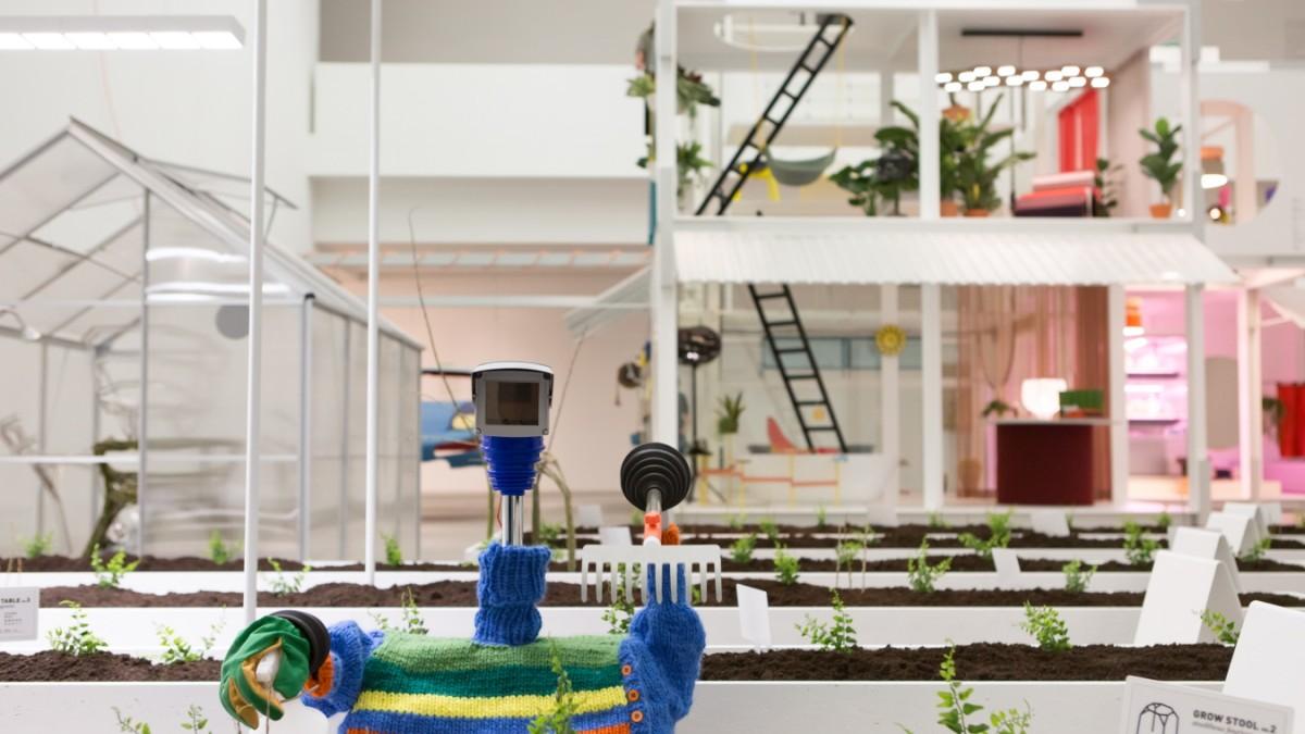 Pinakothek der Moderne - Wundertüte voller Wohnutopien - Kultur ...