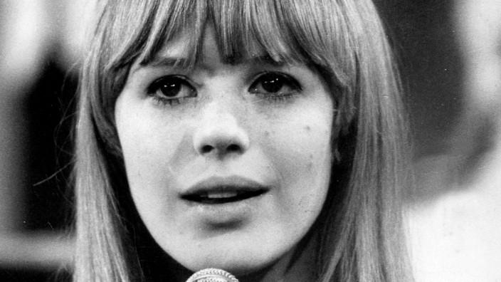 Marianne Faithfull, 1966