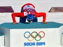 OLYMPIA Olympische Spiele 2014 KRASNAJA POLJANA RUSSLAND 23 FEB 14 DIVERS OLYMPIA SKI NORDISCH