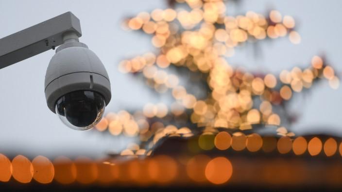 Polizei sichert Frankfurter Weihnachtsmarkt