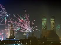 Silvester-Feuerwerk über München