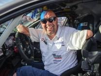 352 Philippe Croizon Cedric Duple FRA BMW team Croizon Tarta Dakar 2017 Parade Podium Asunc