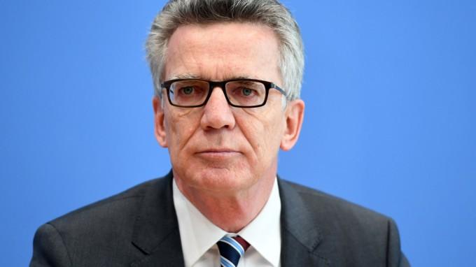 Bundesinnenminister Thomas de Maizière fordert tiefgreifende Reformen in der Sicherheits- und Flüchtlingspolitik. (Foto: dpa)