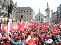 Meisterfeier des FC Bayern München auf dem Münchner Marienplatz, 2016