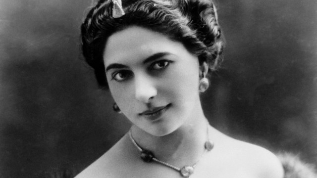 Mata Hari Around 1900