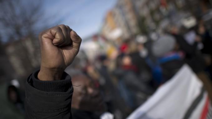 Demonstration in Berlin zur Erinnerung an die afrikanischen Opfer von Versklavung, Kolonialismus und rassistischer Gewalt. (Foto: imago/IPON)