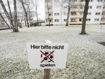 Ottobrunn, Zaunkönigstraße, kinderfeindliche Wohnanlage