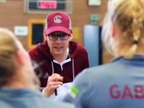 Trainer Andre Schriever seine Münchner SC Mannschaft Hockey 1 BL Halle München 17 12 201; Hockey