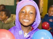 "Fabian Berg: ""Children of Lesotho"" & ""Africa Black and White"""