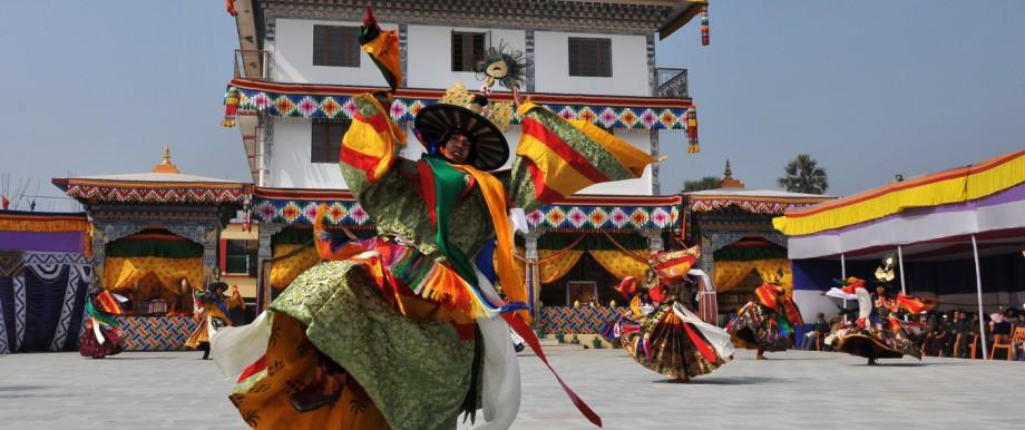 Fernreise Bhutans Klöster und Naturschätze