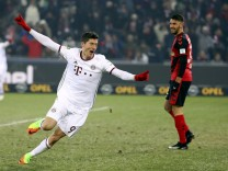 Football Soccer - SC Freiburg v FC Bayern Munich - German Bundesliga