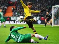 Werder Bremen v Borussia Dortmund - Bundesliga