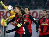 Football Soccer - SC Freiburg v FC Bayern Munich - German Bundesliga