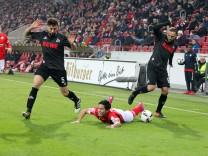 Fußball Bundesliga FSV Mainz 05 1 FC Köln am 31 01 2015 in der Opel Arena in Mainz Der Mainzer Yos