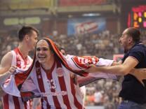Basketball Serbien NEMANJA DANGUBIC i MAIK ZIRBES Majk Cirbes kosarkas Crvene zvezde na utakmici p; Basketball