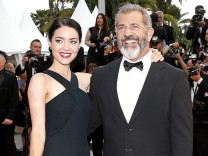 Mel Gibson und Rosalind Ross