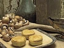Das Rezept Champignon Pies Gerlach Oktober 2006. Foto: Reinhard Hunger, Styling: Christoph Himmel