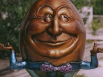 BRONZE HUMPTY DUMPTY SCULPTURE