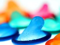 Gericht verhandelt über Inhaltsangabe auf Kondom-Verpackungen