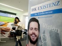 Bruck: Landratsamt / LRA - Gründer-Messe der IHK