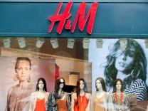 Billig, billiger,Mode:Der Siegeszug der Textildiscounter H&M