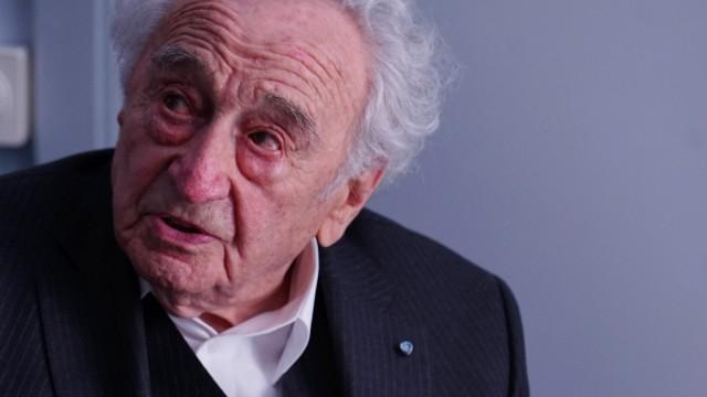 Max Mannheimer bei Buchvorstellung in München, 2016