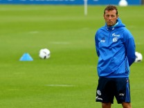 Schalke 04 - Training Session; Weinzierl