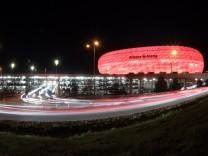 Parkhaus bei der  Allianz-Arena in München, 2012