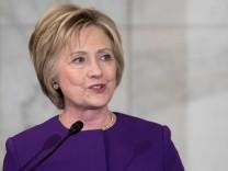 Hillary Clinton schreibt ein Buch über den Wahlkampf