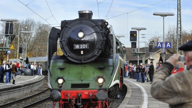 Starnberg Bahnhof See, Dampflokomotive 18201