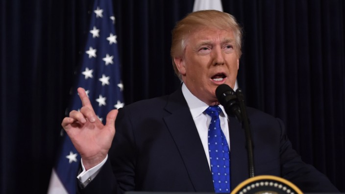 US President Donald Trump hosts Japanese Prime Minister Shinzo Abe at Trump's Mar-a-Lago resort