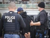 US agents conduct first Trump-era raids targeting undocumented migrants