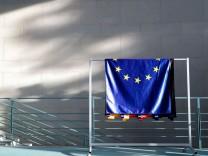 Europa vor Wahl in Österreich und Italiens Referendum