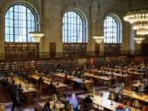NY Public Library Re-Opens Reading Room After 2 Years