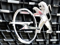 PSA Peugeot Citroen To Possibly Acquire Opel