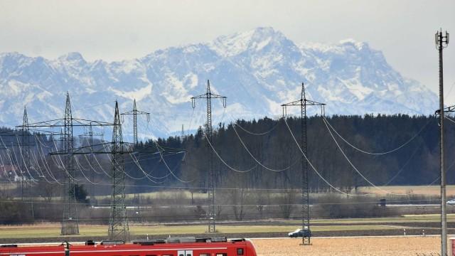 S-Bahn und Alpen