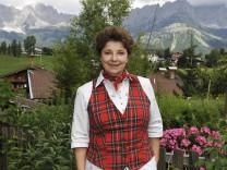 Monika Baumgartner wird 65