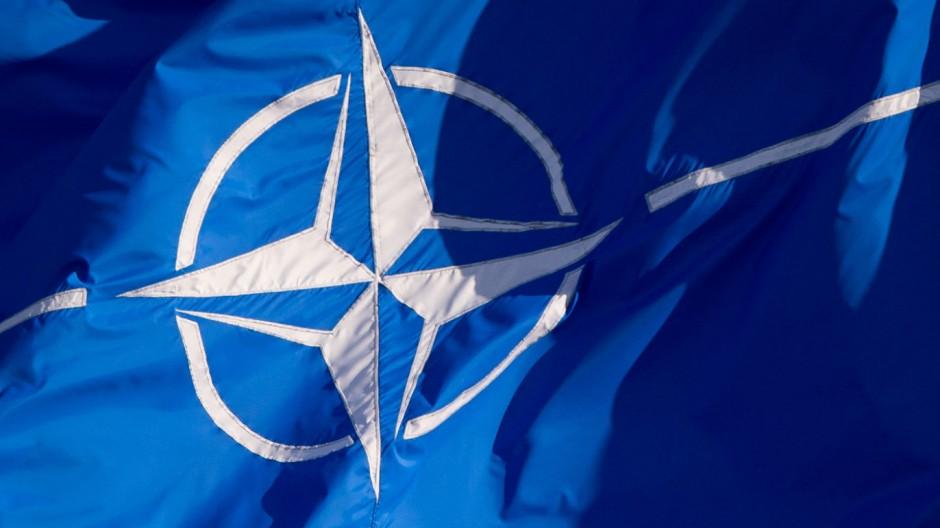 Nato Flagge