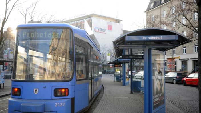 München Am Montag Warnstreik Bei Bus Und Tram München