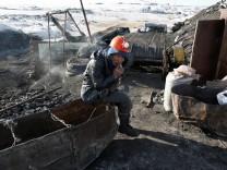 The Wider Image: Mongolia's toxic smog